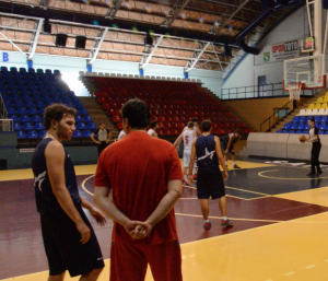 Yeni Sezon Hazırlık maçı Sakarya Bld.-Ataşehir Yıldızları Skor : 55-88