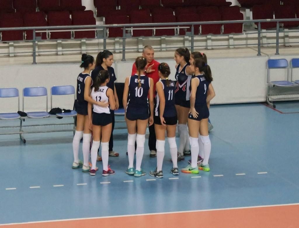 Atasehir_Voleybol_Spor_Okullarii